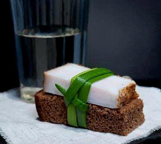 Фото прикол  про сало и суши