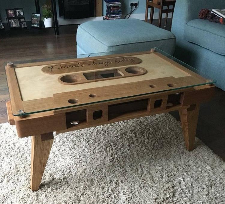 Фото прикол  про стол