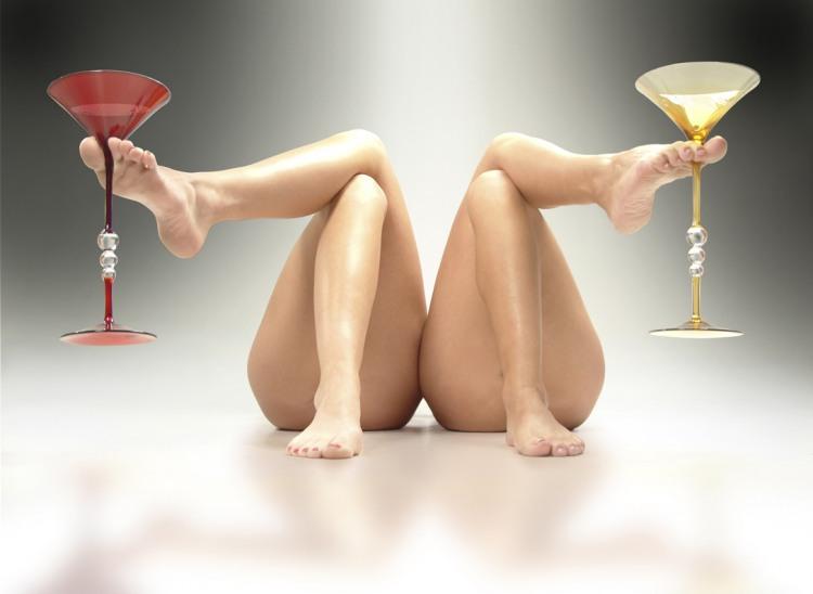 Фото прикол  про женские ноги пошлый