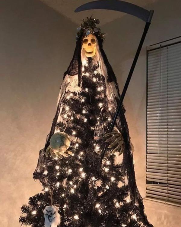 Фото прикол  про ёлку, новый год черный